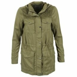 Vero Moda  PARK  women's Parka in Green