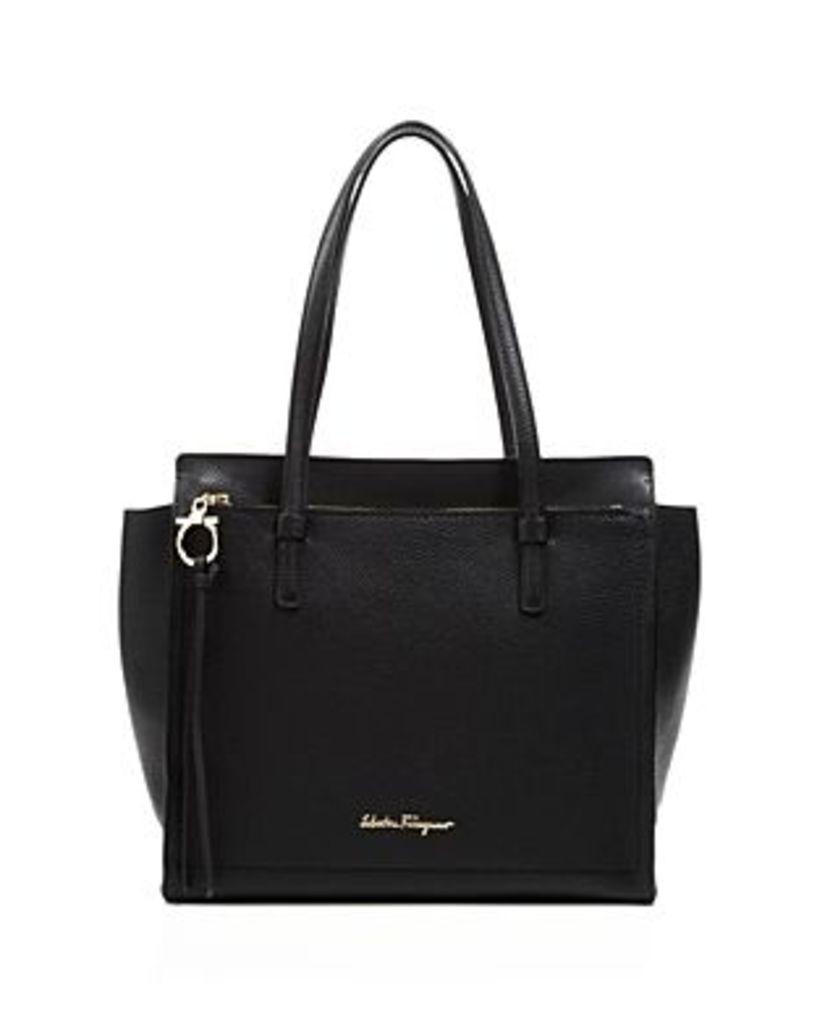 Salvatore Ferragamo Amy Medium Leather Shoulder Bag