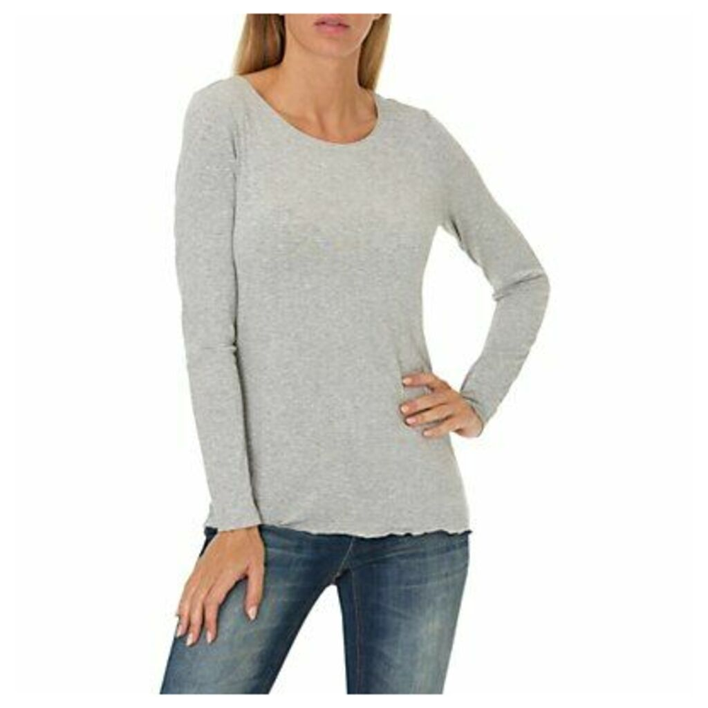 Betty & Co. Long Sleeved T-Shirt