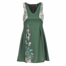 Smash  LYANA  women's Dress in Green