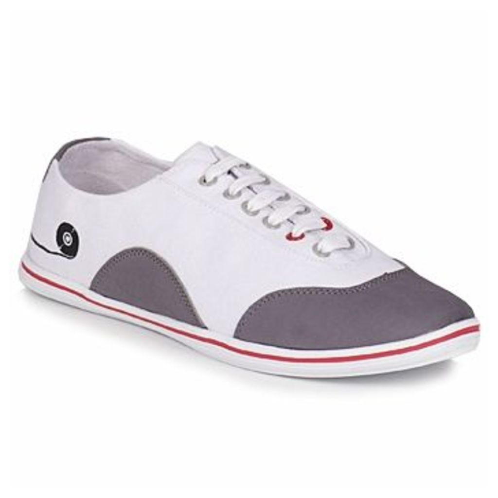 The Cassette  THE BOBI  women's Shoes (Trainers) in White