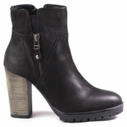 Venezia  3612118 Black  women's Low Ankle Boots in Black