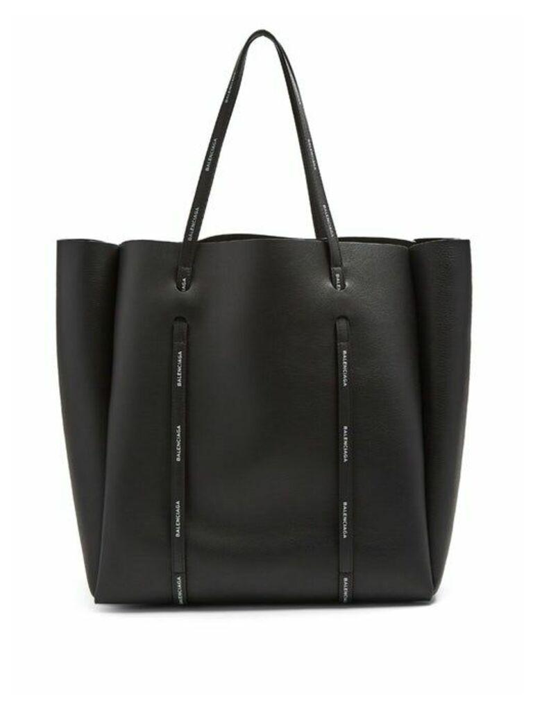 Balenciaga - Everyday Tote M - Womens - Black White