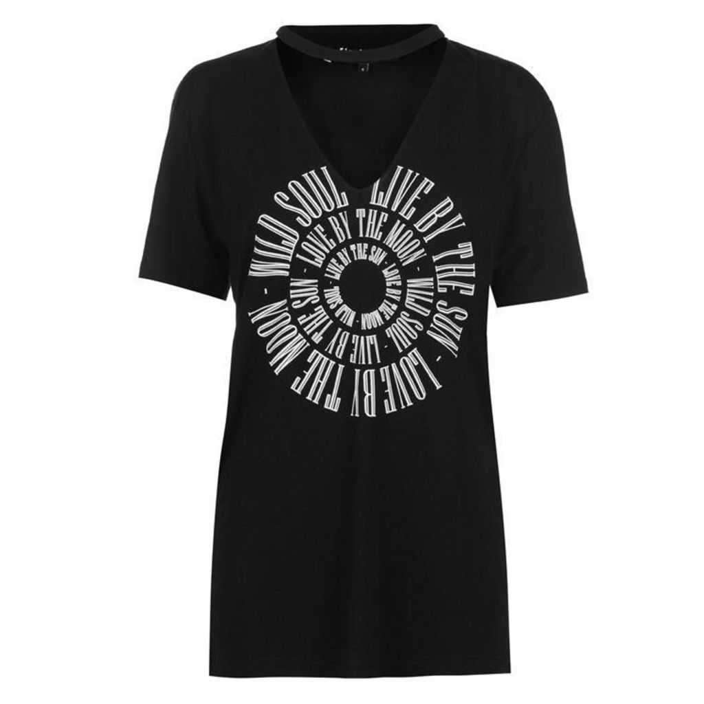Firetrap Blackseal V Neck Cut Out T Shirt