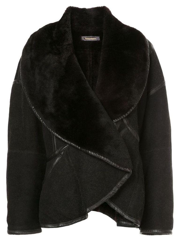 Issey Miyake Pre-Owned oversized short coat - Black