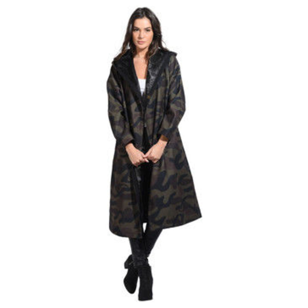 Sophyline  Coat  women's Coat in Green