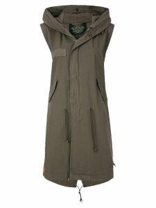 Mr & Mrs Italy sleeveless parka coat - Green
