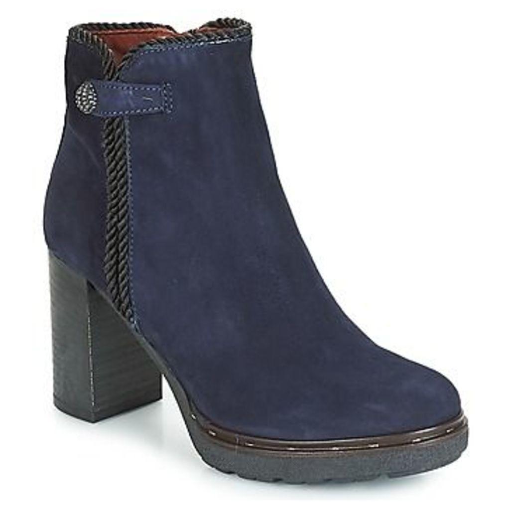 Dream in Green  JATUREL  women's Low Ankle Boots in Blue