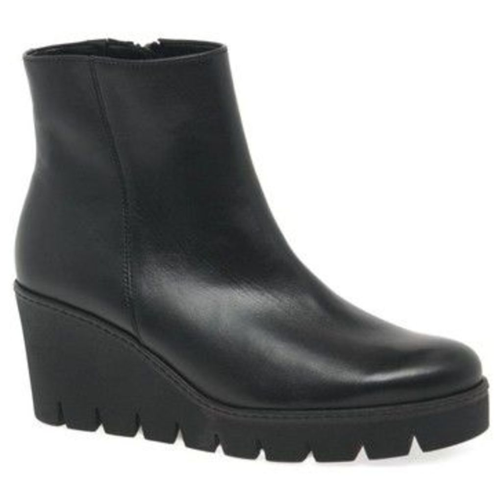 Gabor  Utopia Womens Chunky Wedge Heel Ankle Boots  women's Mid Boots in Black