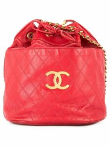 Chanel Pre-Owned quilted drawstring shoulder bag - Red