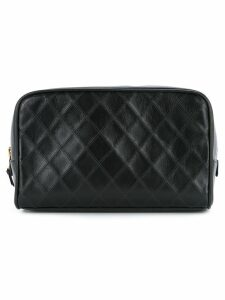 Chanel Pre-Owned Cosmos Line quilted CC cosmetics pouch - Black