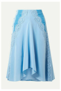 Chloé - Ruched Lace-trimmed Silk Crepe De Chine Skirt - Light blue