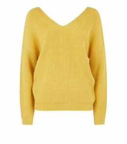Mustard Twist Back Jumper New Look