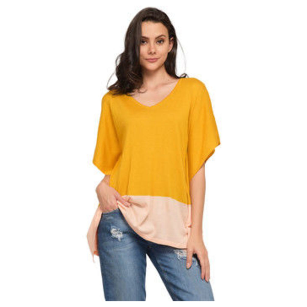 Cuplé  Poncho sweater  women's Blouse in Yellow