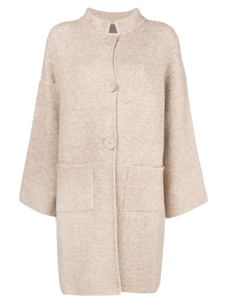 D.Exterior single breasted coat - Neutrals