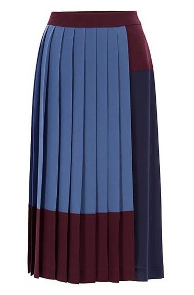A-line skirt in stretch crepe with colourblock design