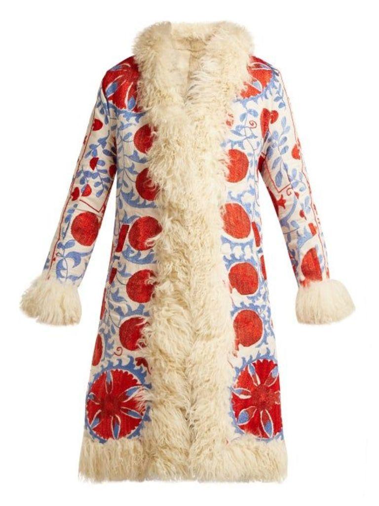 Zazi Vintage - Suzani Embroidered Shearling Coat - Womens - 237 White Multi