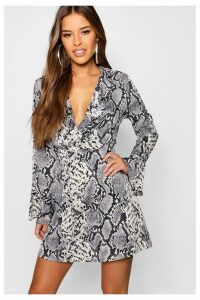 Womens Boohoo Petite Snake Print Wrap Dress -  Grey