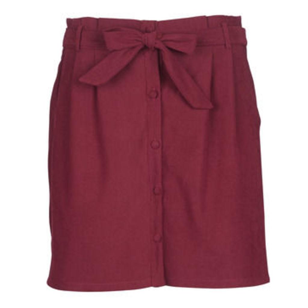 Betty London  JAGOT  women's Skirt in Red