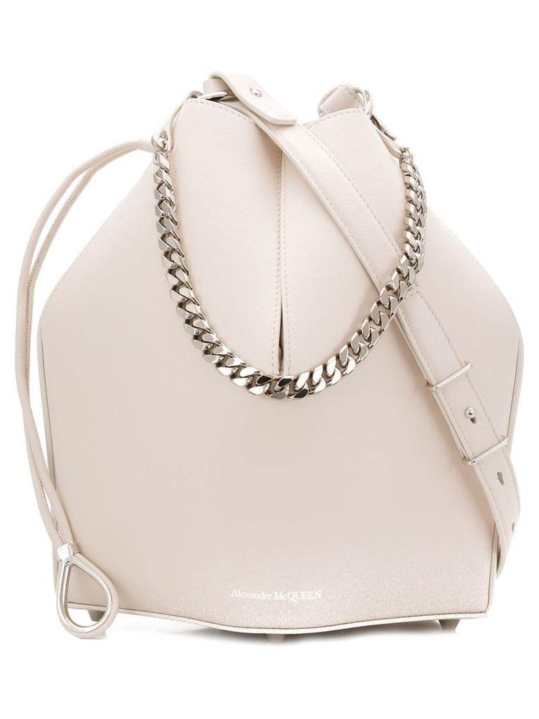 Alexander McQueen chain style bucket bag - White