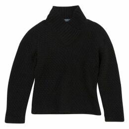Black Knitwear