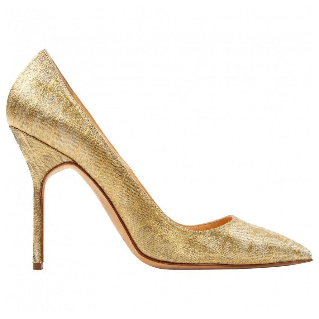 Cloth heels