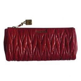 Matelassé leather clutch bag