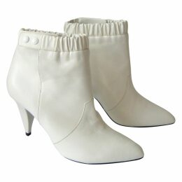 Triangle Heel leather ankle boots