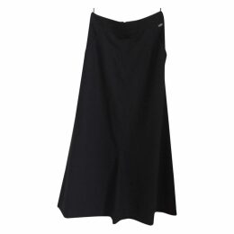 Chanel alone skirt with pockets.