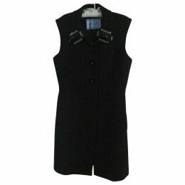black Prada coat without sleeves