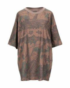 YEEZY TOPWEAR T-shirts Women on YOOX.COM