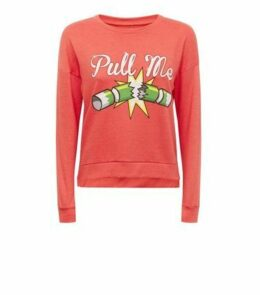 Brave Soul Red Christmas Cracker Sweatshirt New Look