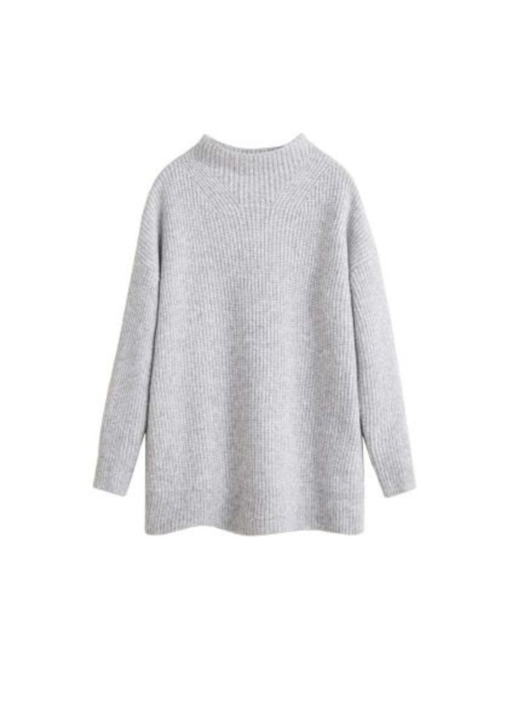 Recycled polyester sweater