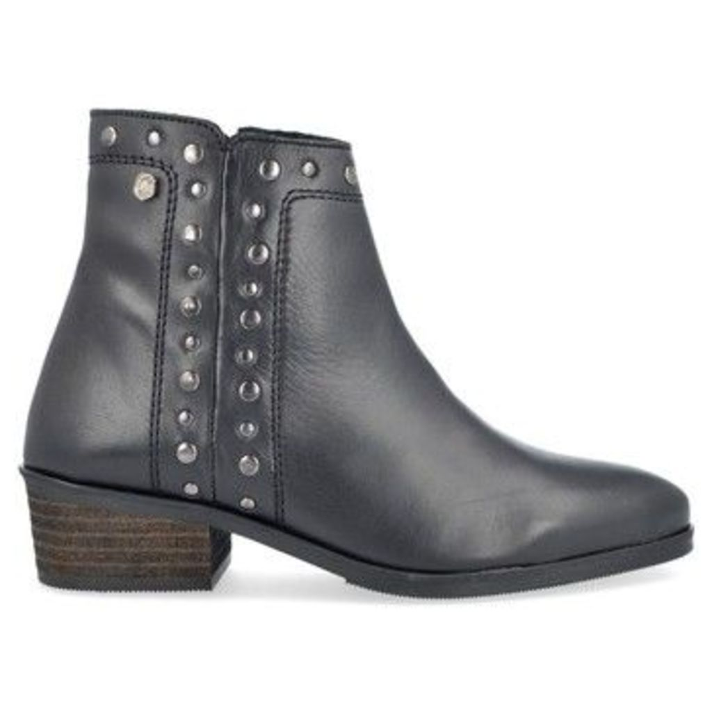 Carmela Shoes  66512 Women's Ankle Boots  women's Low Ankle Boots in Black