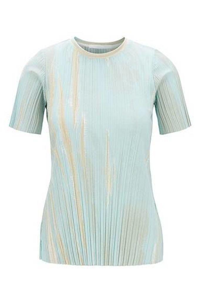 Slim-fit top in printed stretch-plissé fabric