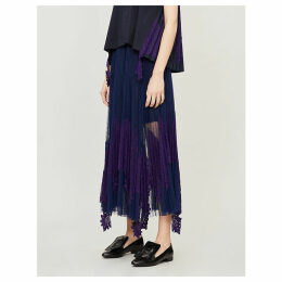 Lace-embroidered flared pleated skirt