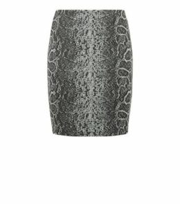 Black Jacquard Snake Tube Skirt New Look