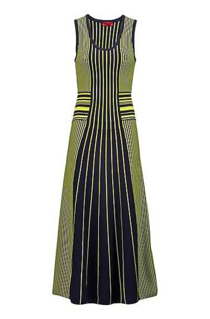 Sleeveless knitted dress with mixed stripes