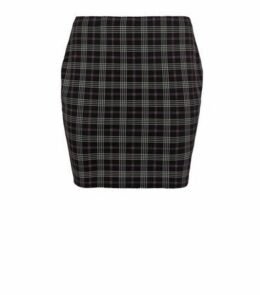 Curves Black Check Tube Skirt New Look