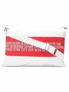 Calvin Klein Jeans Est. 1978 logo print shoulder bag - White