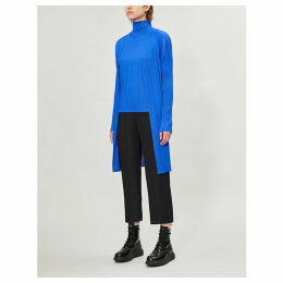 Basics pleated coat
