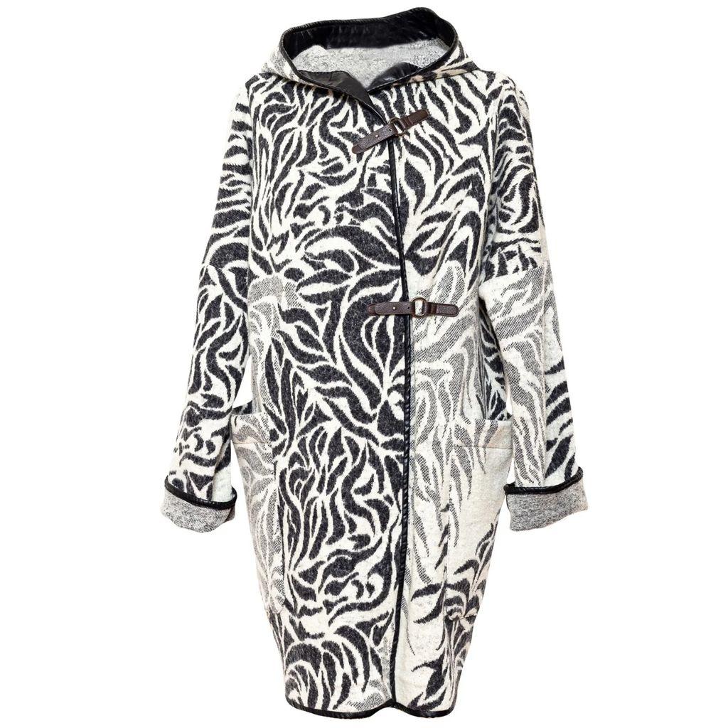 PLAITLY - Plié Pendant Draped Triangle Medium