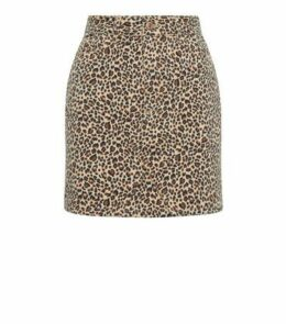 Petite Brown Leopard Print Denim Skirt New Look