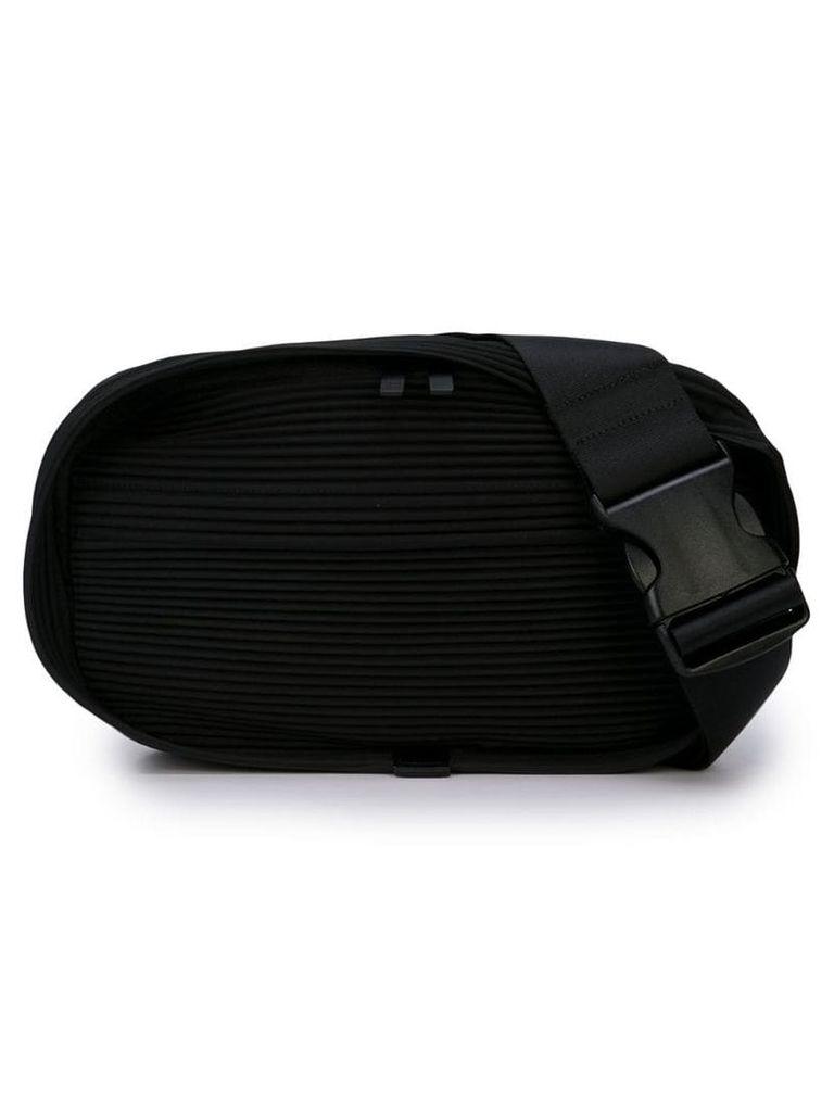 Homme Plissé Issey Miyake Pleats belt bag - Black