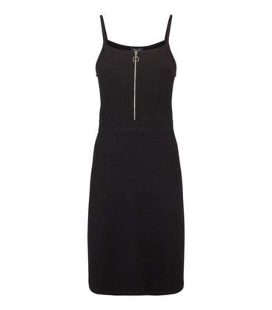 Tall Black Textured Ring Zip Pinafore Dress New Look