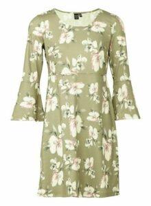 Womens *Izabel London Green Flared Shift Dress, Green