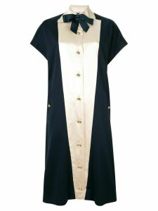 Chanel Pre-Owned pearl button midi dress - Blue