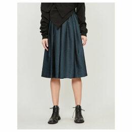 Geometric-patterned pleated skirt