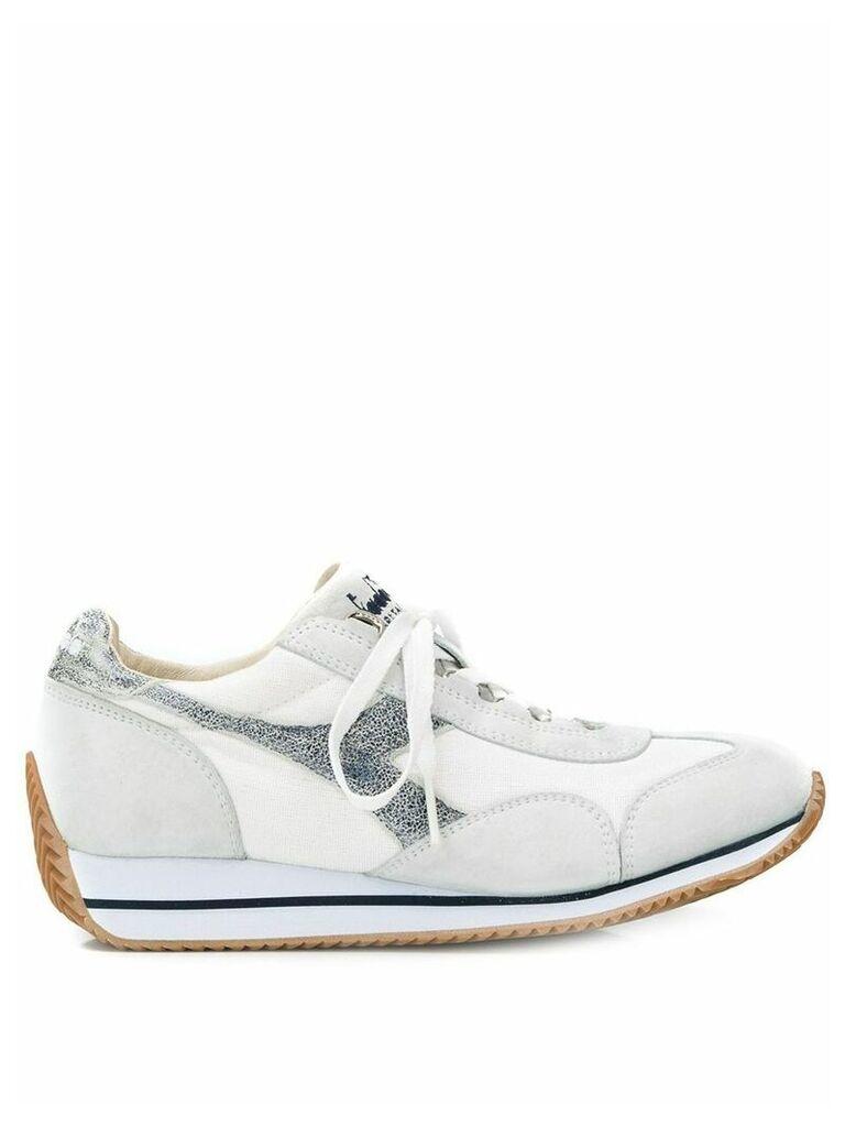Diadora logo embroidered sneakers - White