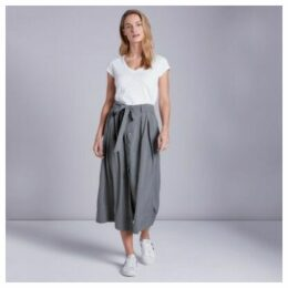 Fluid Button Through Midi Skirt